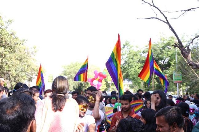 lucknow-pride-parade-10_041117043907